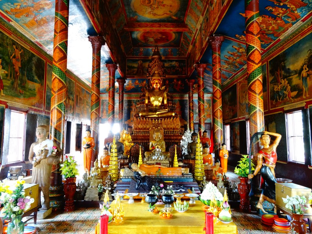 beautiful decoration inside the pagoda of Wat Phnom