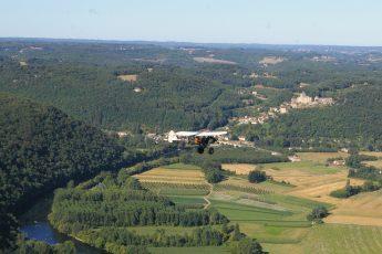 microlight flight over Dordogne Valley