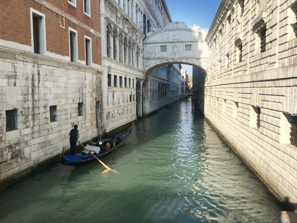 Ponte dei sospiri - Venice