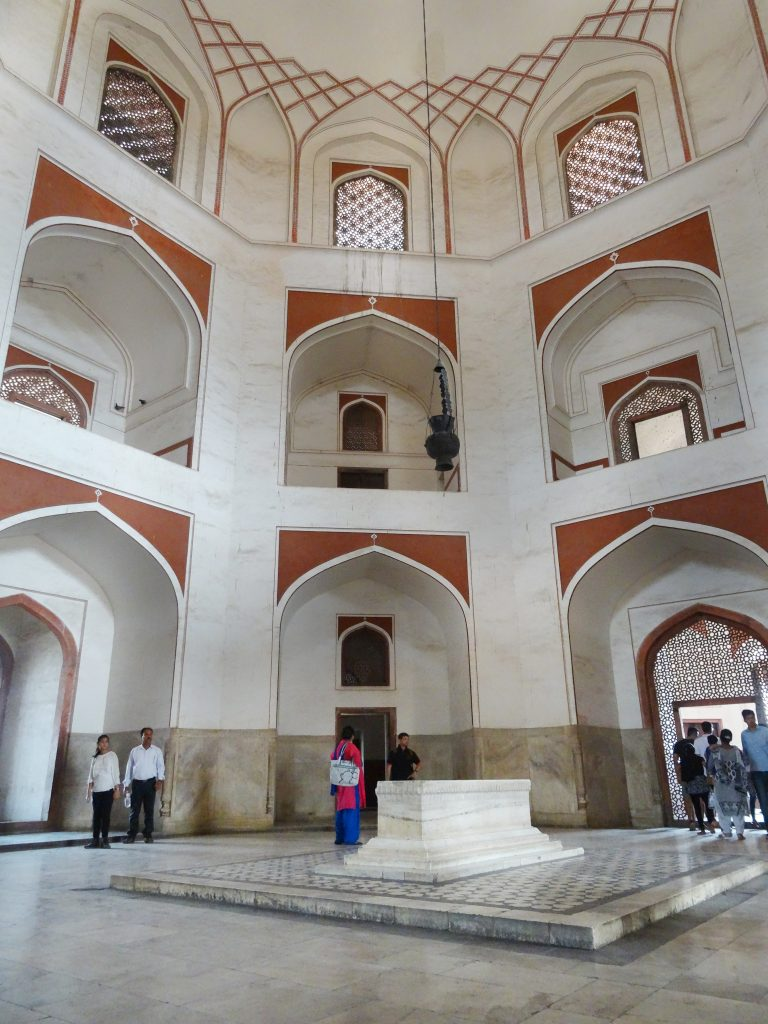inside the main dome of Humayun's tomb - Delhi