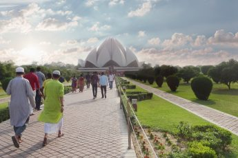 people going to visit the Lotus Temple in Delhi